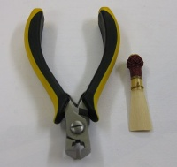 "Cutting nippers for Bassoon reed ""DE LUXE"" - A/66d"